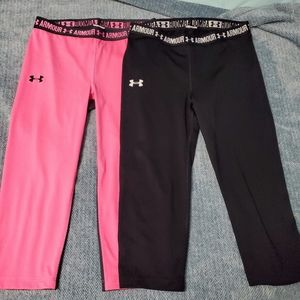 Lot of 2 girls under armour size large capris